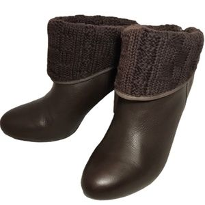 UGG Australia Brown Leather Knit Ankle Boots Sz.8